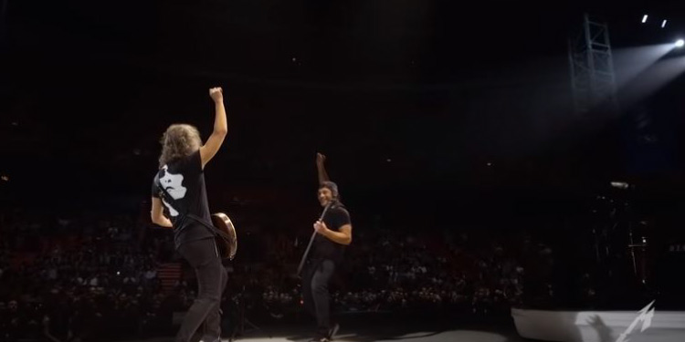 "Metallica hacen un cover de ""Dancing Queen"" de ABBA"